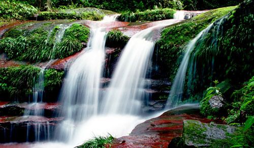attraction-Chishui-falls-03s
